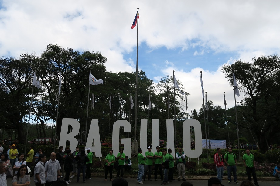 BAGUIO DAY PARADE 2015 バギオ市制106周年記念パレードに伊達政宗と七夕飾りが参加_a0109542_1647157.jpg