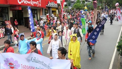 BAGUIO DAY PARADE 2015 バギオ市制106周年記念パレードに伊達政宗と七夕飾りが参加_a0109542_17542686.jpg