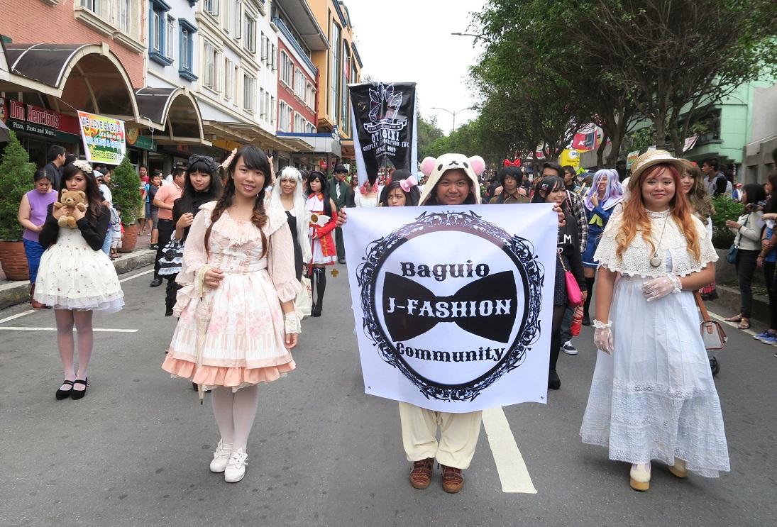 BAGUIO DAY PARADE 2015 バギオ市制106周年記念パレードに伊達政宗と七夕飾りが参加_a0109542_1821025.jpg
