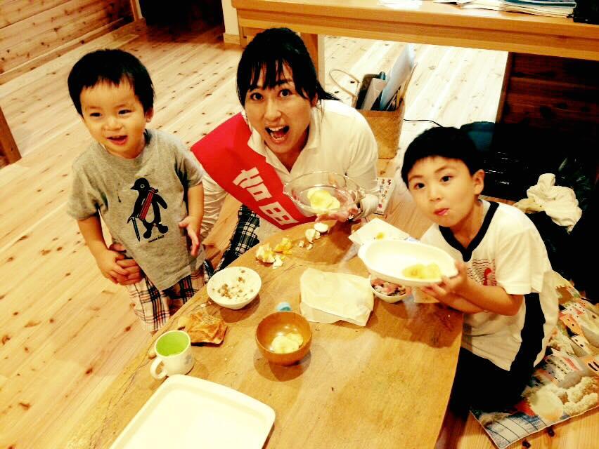 子ども達の笑顔に感謝〜県議選6日目〜_b0199244_2327426.jpg
