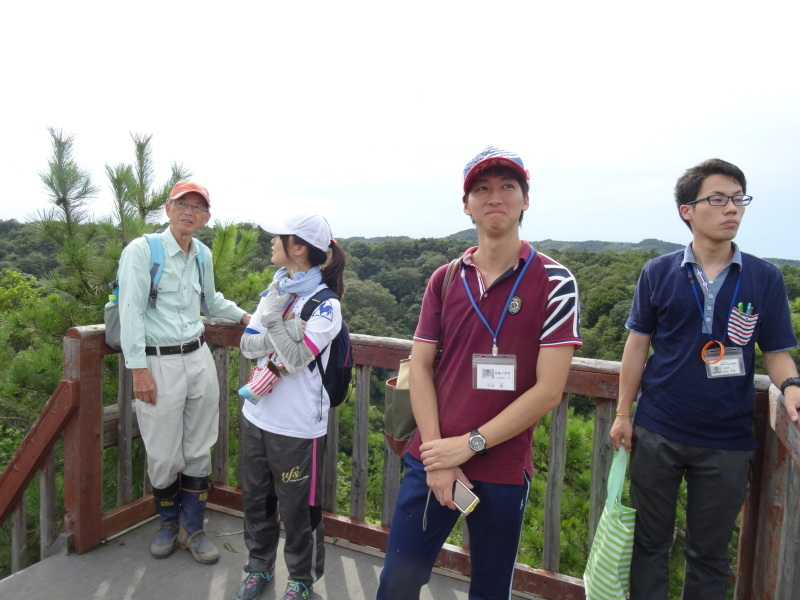 淡輪小学校2年生担任の先生の遠足下見 in 孝子の森     by     (TATE-misaki)_c0108460_23241593.jpg