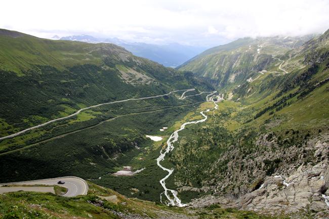 フルカ峠を越えてフランス アルザス地方へ・・・_f0179404_6501699.jpg