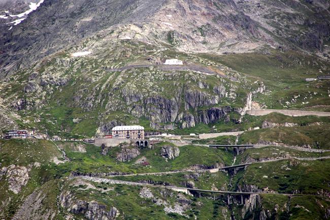 フルカ峠を越えてフランス アルザス地方へ・・・_f0179404_655766.jpg