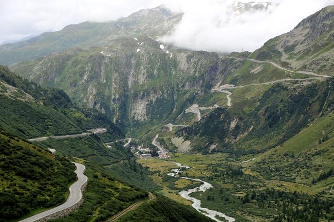フルカ峠を越えてフランス アルザス地方へ・・・_f0179404_656444.jpg