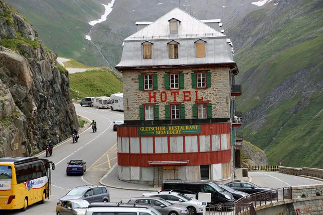 フルカ峠を越えてフランス アルザス地方へ・・・_f0179404_6565081.jpg