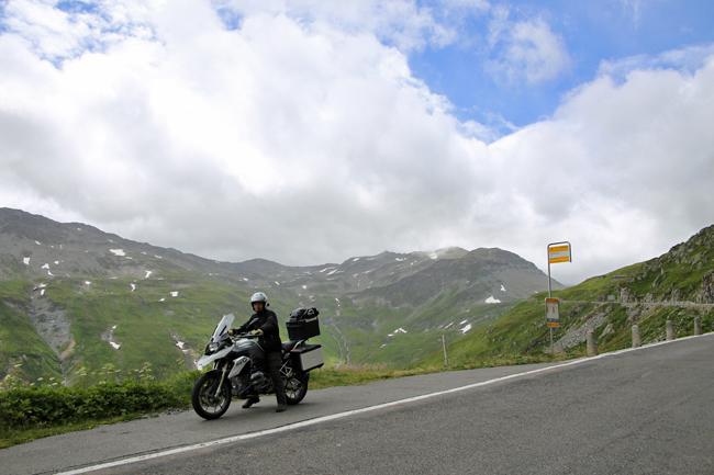 フルカ峠を越えてフランス アルザス地方へ・・・_f0179404_6594459.jpg