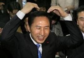 ジョーク一発「あなたのハゲは何型?」:日本の著名人に学ぶハゲ遺伝子の種類!?_e0171614_1825421.jpg