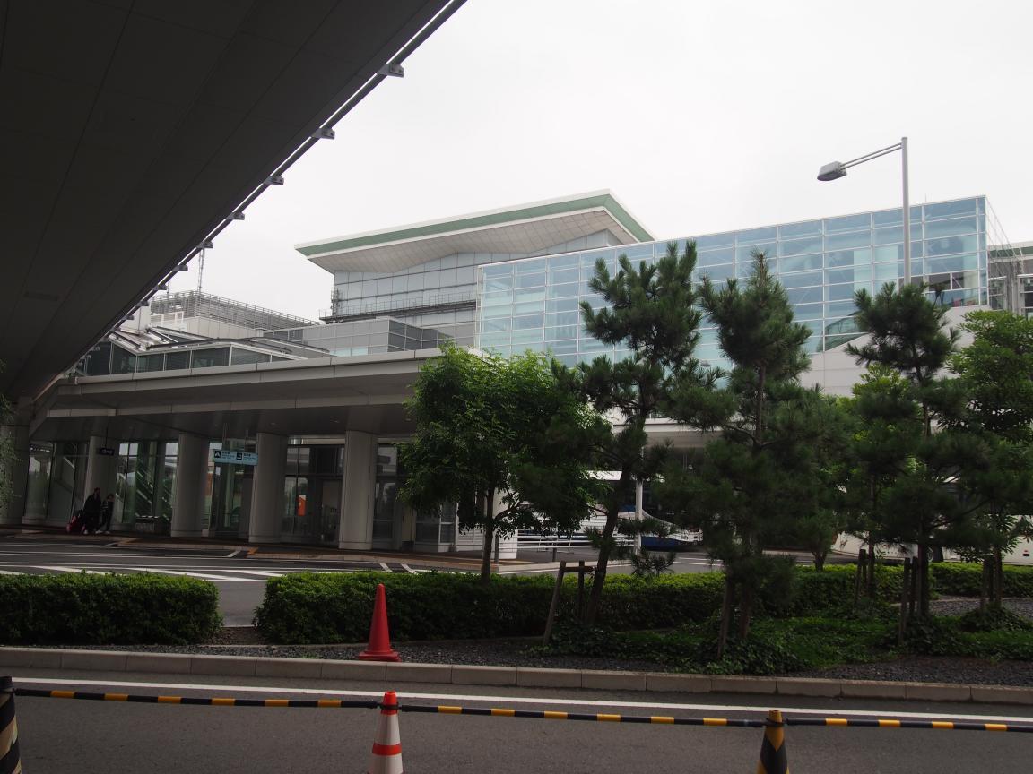 海外客が羽田でレンタカーを利用するまでの流れとは_b0235153_1711831.jpg