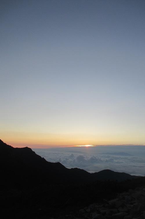 日の出前の風景_f0053164_10522012.jpg