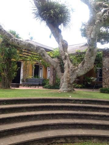 2015 夏 スリランカの旅 建築家 ジェフリー バワ ー1_e0134337_20410573.jpg