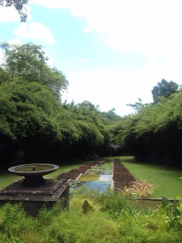 2015 夏 スリランカの旅 建築家 ジェフリー バワ ー1_e0134337_20410599.jpg