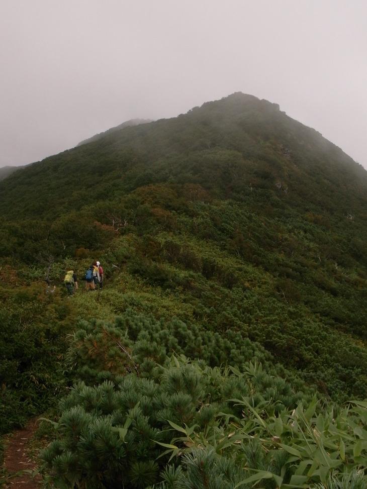 徳舜瞥山~ホロホロ山縦走_d0198793_17524142.jpg