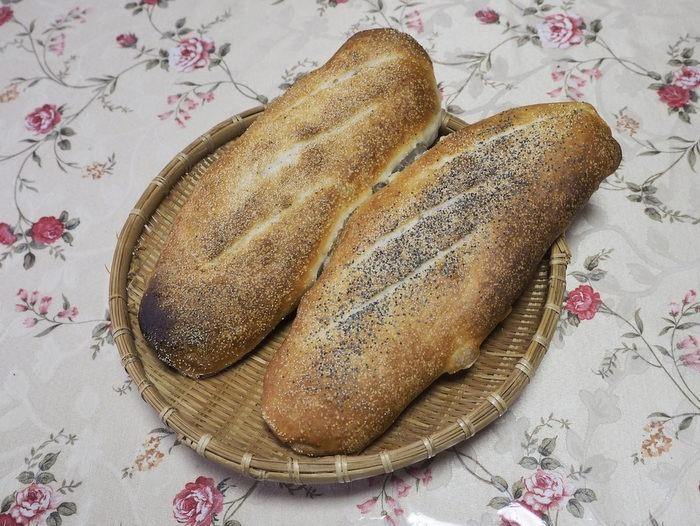白神こだま酵母のパン2種_c0116915_23561264.jpg