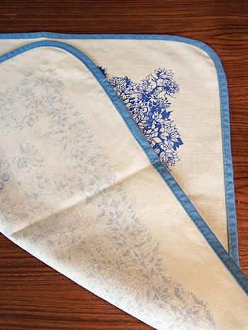 vintage fabric(Bjørn Wiinblad)_c0139773_14433835.jpg