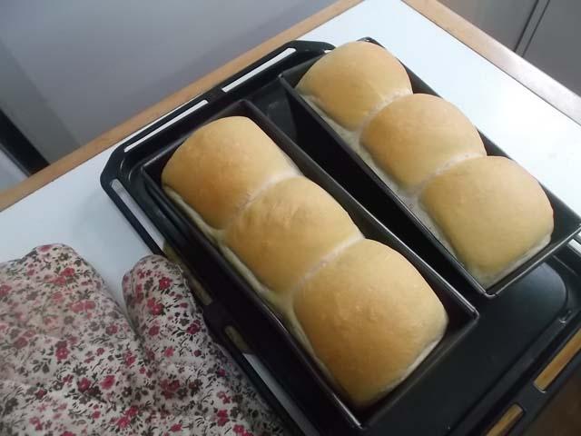 サンドイッチ用山型食パン★冷蔵庫の掃除_f0019498_10322368.jpg