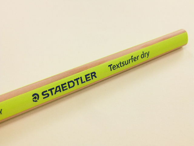 ステッドラー・テキストサーファードライ。_f0220714_1037439.jpg