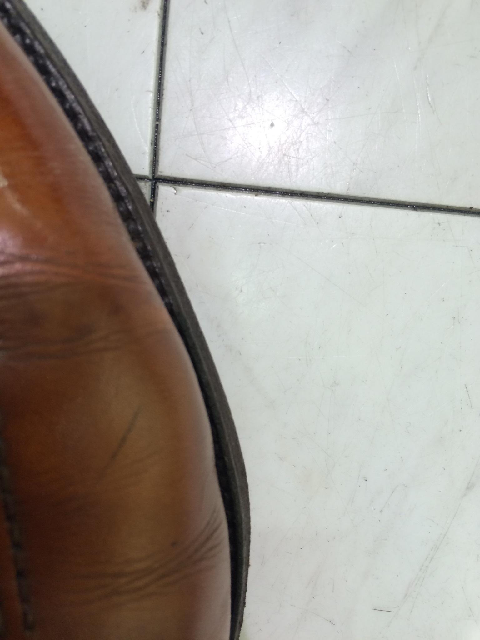 指が当たって痛い靴ありませんか?_b0226322_10490788.jpg