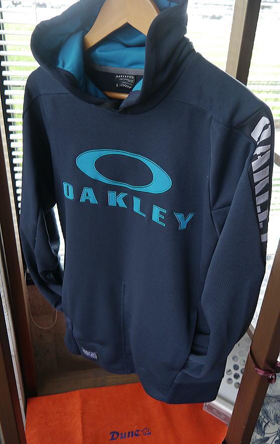 OAKLEY APPAREL_f0178858_2011327.jpg