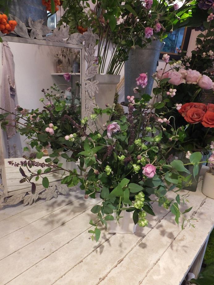 オークリーフ花の教室(赤地さんと宮原さんの作品)_f0049672_17554743.jpg