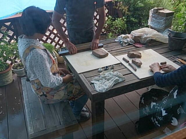 趣味の陶芸サークルの初日は台風!!_f0323446_22313666.jpg