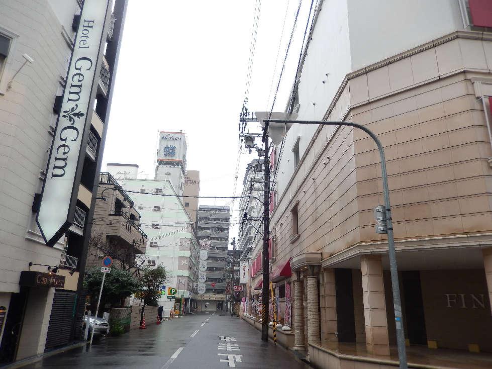 日本全国、ホテル業界大異変~訪日外国人はラブホがお好き?(プレジデント2015.8.31)_b0235153_1772233.jpg
