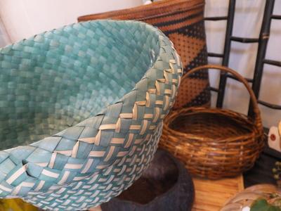 オークリーフ(フィリピンの手作り籠)_f0049672_14115328.jpg