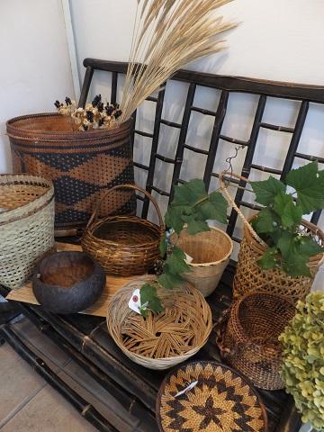 オークリーフ(フィリピンの手作り籠)_f0049672_14293836.jpg