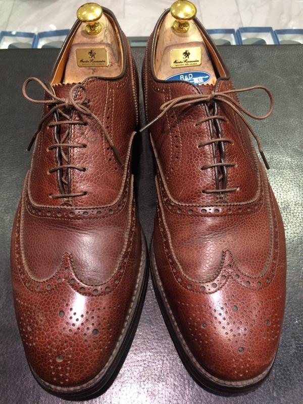 シボ革の靴のお手入れには_b0226322_11234189.jpg