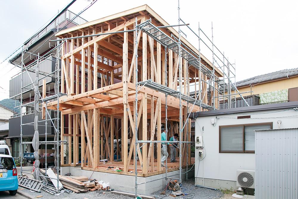 狭小地に建てるゆったり空間の家─その2─_a0163962_12161660.jpg