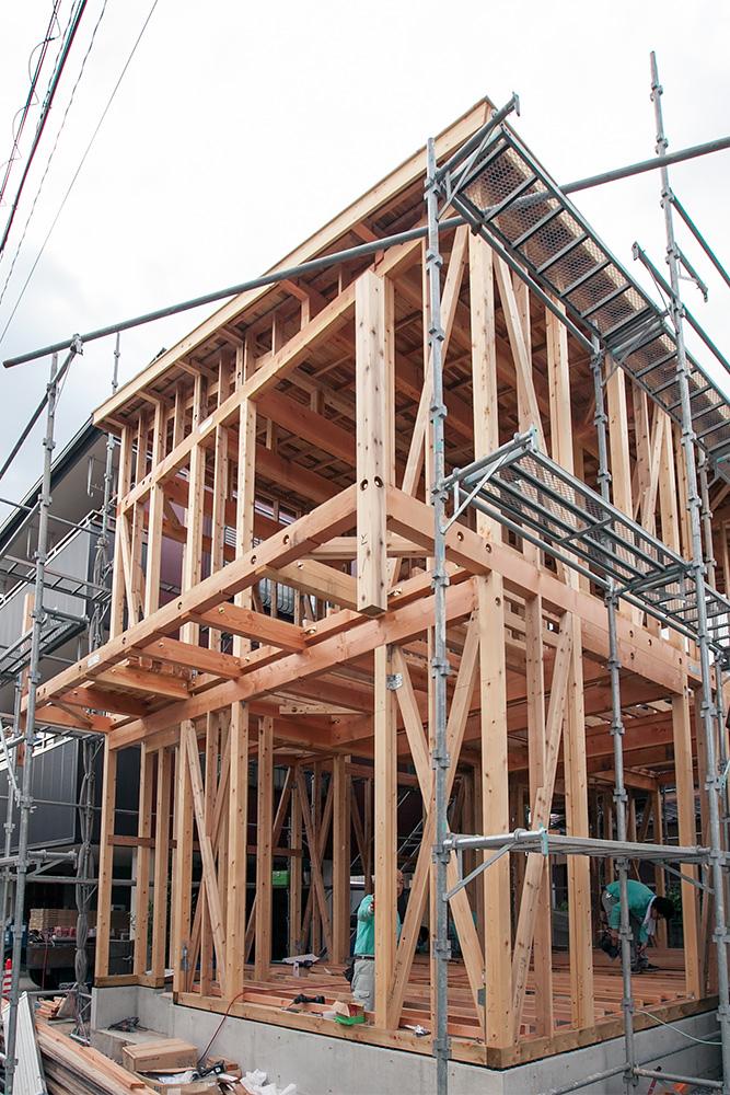 狭小地に建てるゆったり空間の家─その2─_a0163962_12161679.jpg