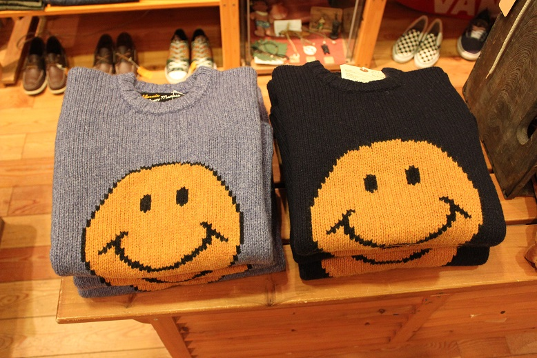 "JACKSON MATISSE ""SMILE SWEATER\"" & INDIAN JEWELLERY_f0191324_963356.jpg"