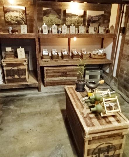 下町散歩♪「Nakamura Tea Life Store」@蔵前_b0051666_13595566.jpg