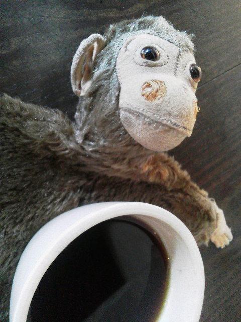 お猿の指人形_e0350308_7401520.jpg