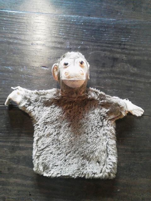 お猿の指人形_e0350308_7401576.jpg