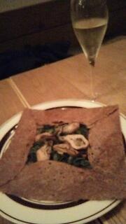 ガレット~そば粉でヘルシーなフランスのお料理♪_f0008555_18141818.jpg