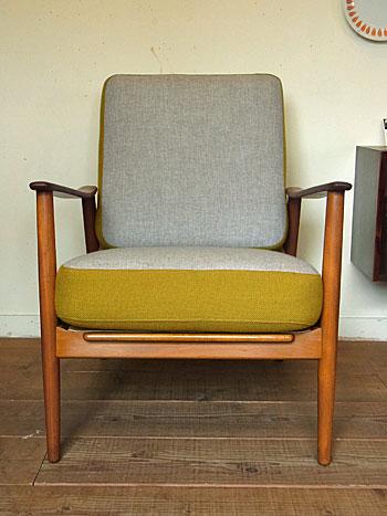 easy chair_c0139773_1743536.jpg