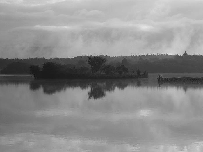 Lake Tanuki_b0145601_2385234.jpg