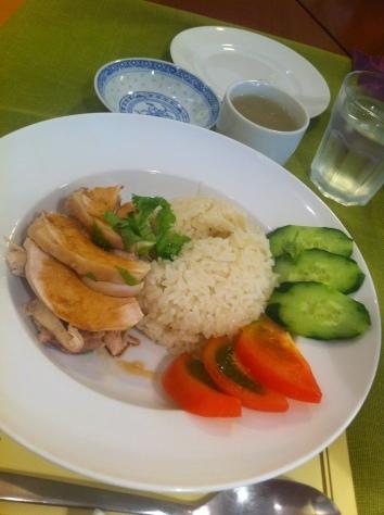 料理教室・・・海南チキンライス 丸鶏さばき実習も♪_f0141419_08214518.jpg