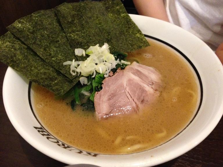 横浜家系ラーメン「黒帯」 食ブログ♪_f0191324_963819.jpg