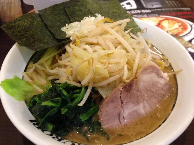 横浜家系ラーメン「黒帯」 食ブログ♪_f0191324_972657.jpg