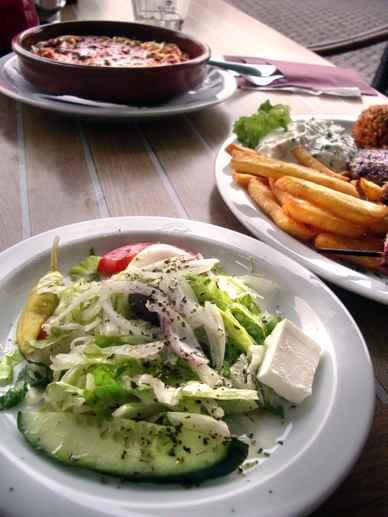 タラマサラダでギリシャの気持ち Tarama Salad Feeling Greece_d0047851_0175524.jpg