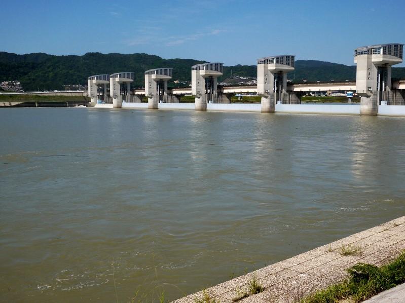 川のある風景_b0093754_213461.jpg