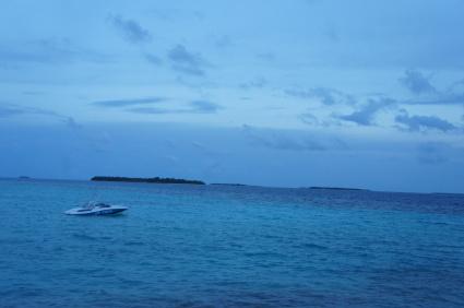 モルディブリゾートAmillaFushiでの夏休み お隣の島へ_a0163160_21353807.jpg
