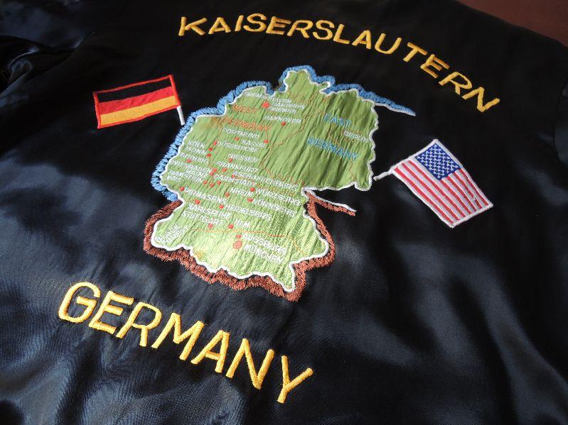GERMAN SOUVENIR JACKET--RECOMMEND--_c0176867_17334845.jpg