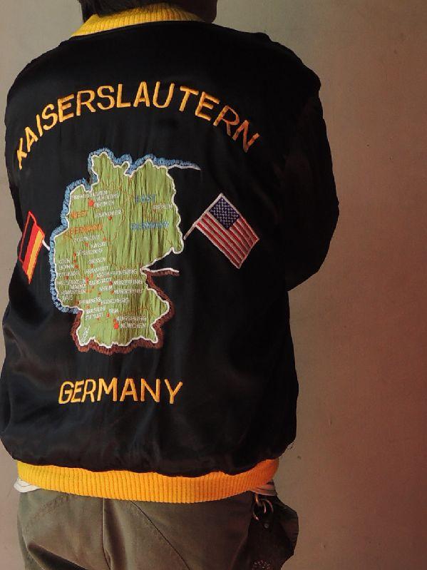 GERMAN SOUVENIR JACKET--RECOMMEND--_c0176867_17592137.jpg