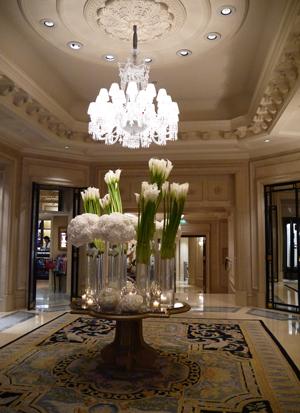Four Seasons Hotel George V Paris ♪_d0113182_0304452.jpg