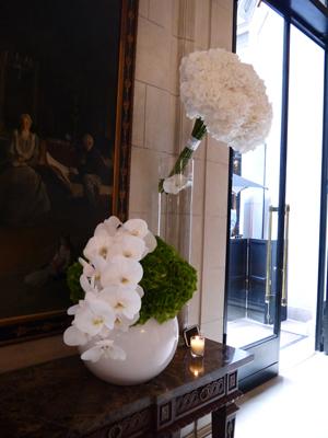 Four Seasons Hotel George V Paris ♪_d0113182_0311045.jpg