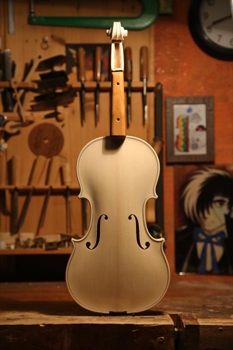 ホワイトヴァイオリン、秋に向けて。_d0047461_522792.jpg