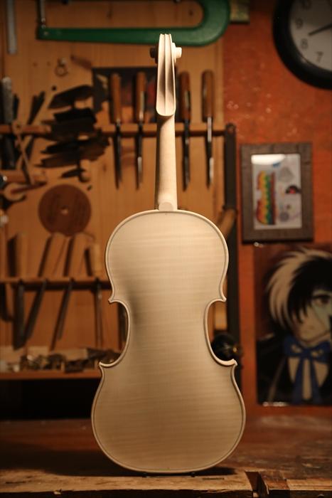ホワイトヴァイオリン、秋に向けて。_d0047461_53122.jpg