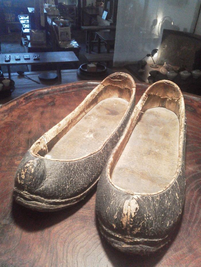 李朝の婦人靴_e0350308_7334275.jpg